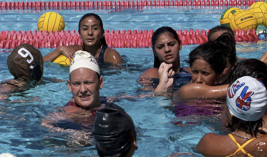 Rookie water polo team prepares for first matchup