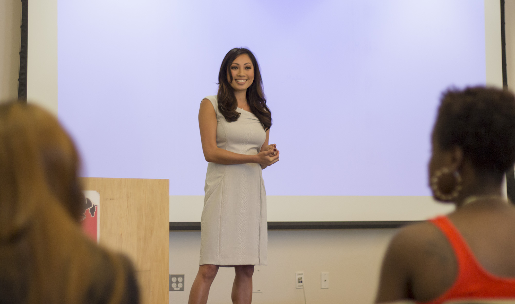 KTLA reporter Kimberly Cheng shares networking knowledge with Pierce students