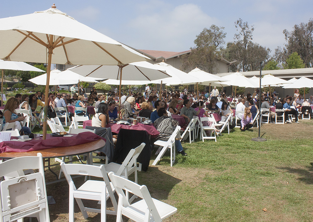 Faculty presents Pierce College students with awards at brunch
