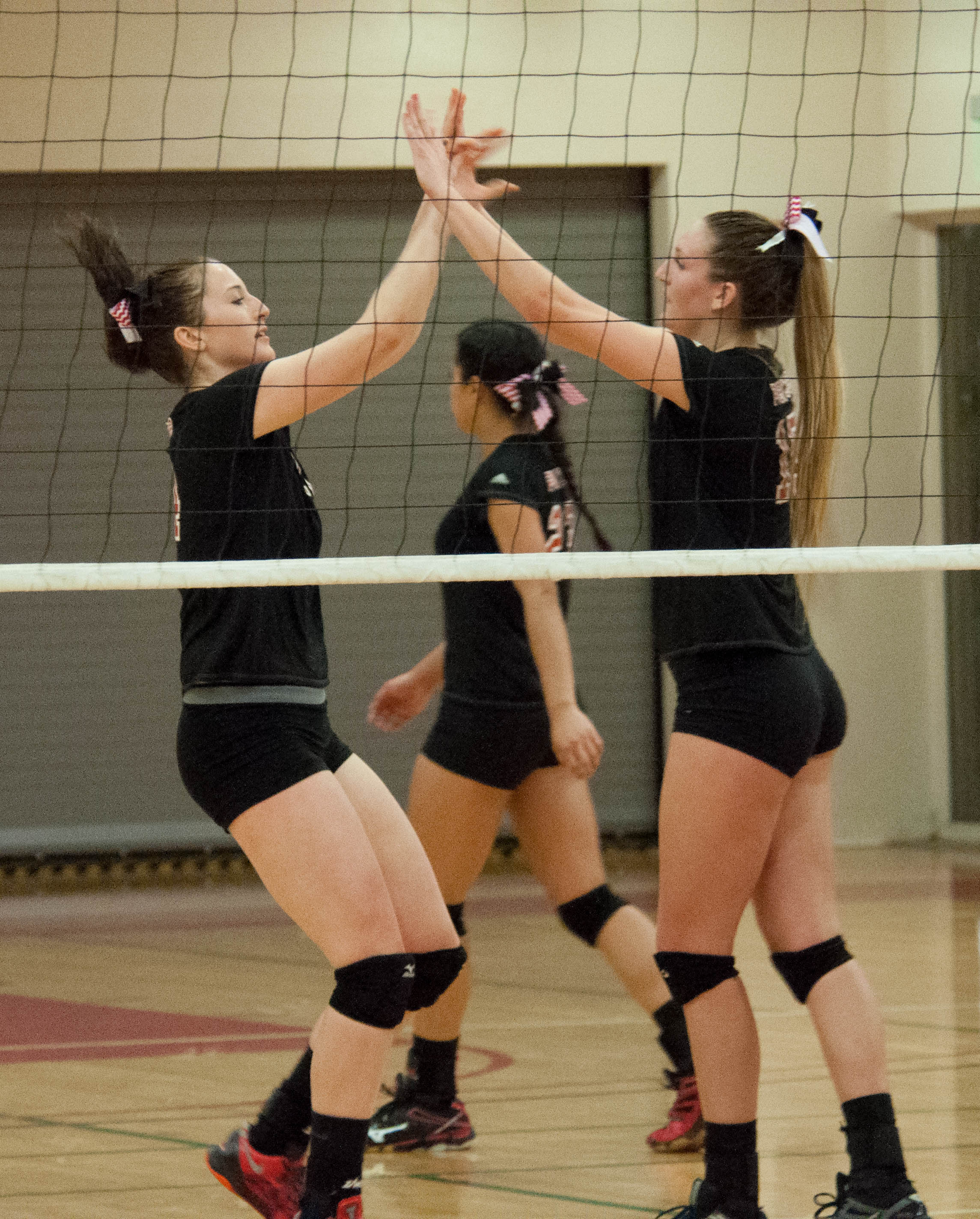 Volleyball wins third straight game