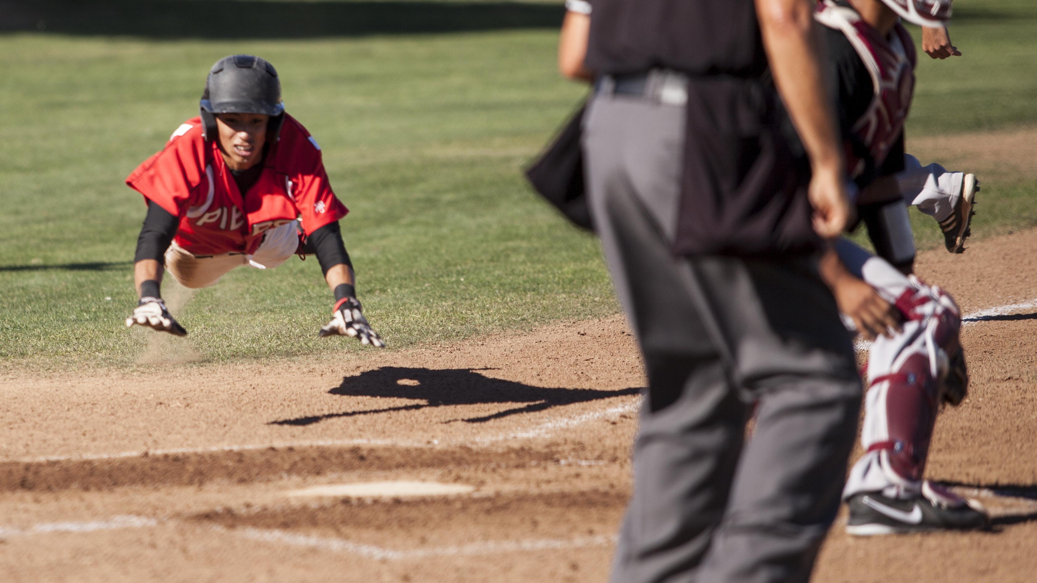 Baseball loses fourth straight game