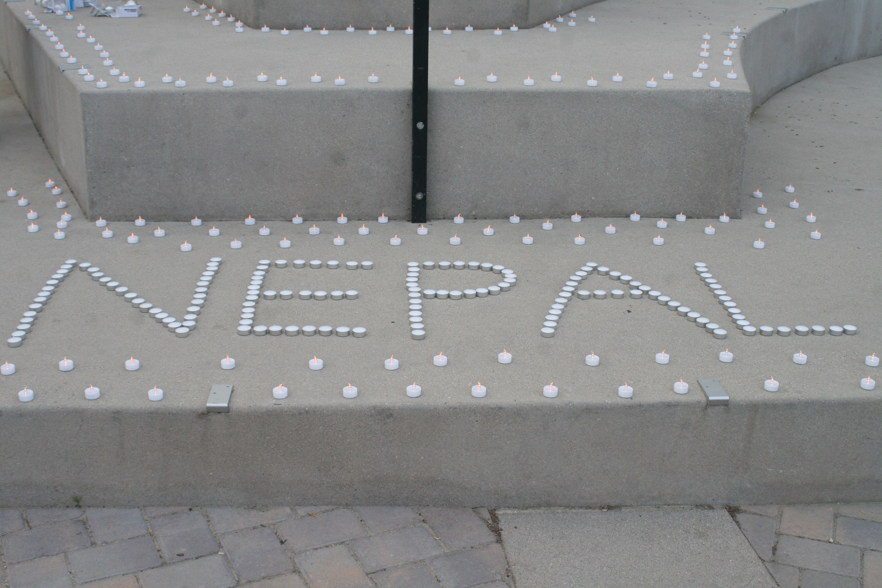 Vigil held for Nepalese earthquake victims