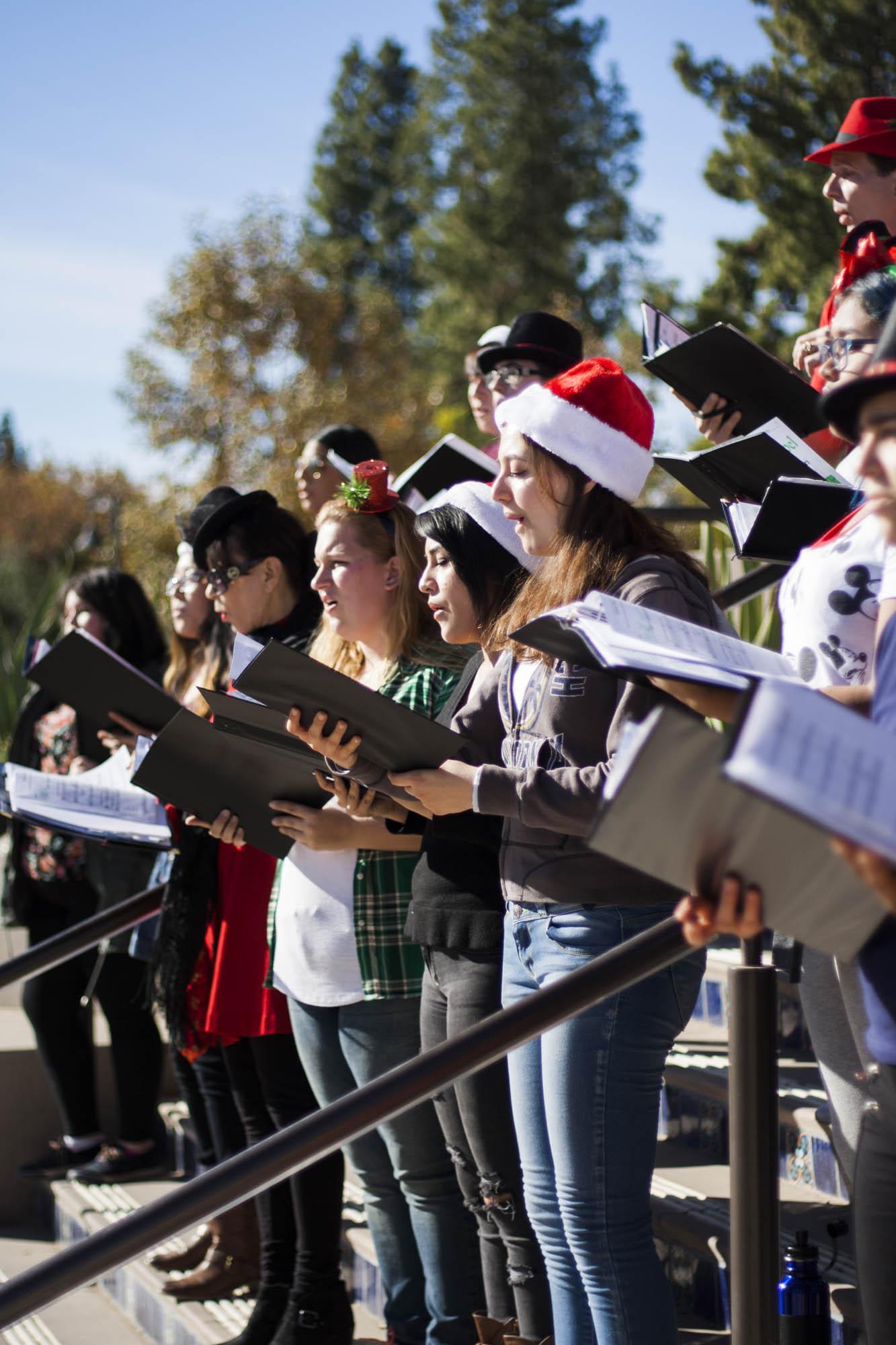 Choir goes caroling around Pierce College