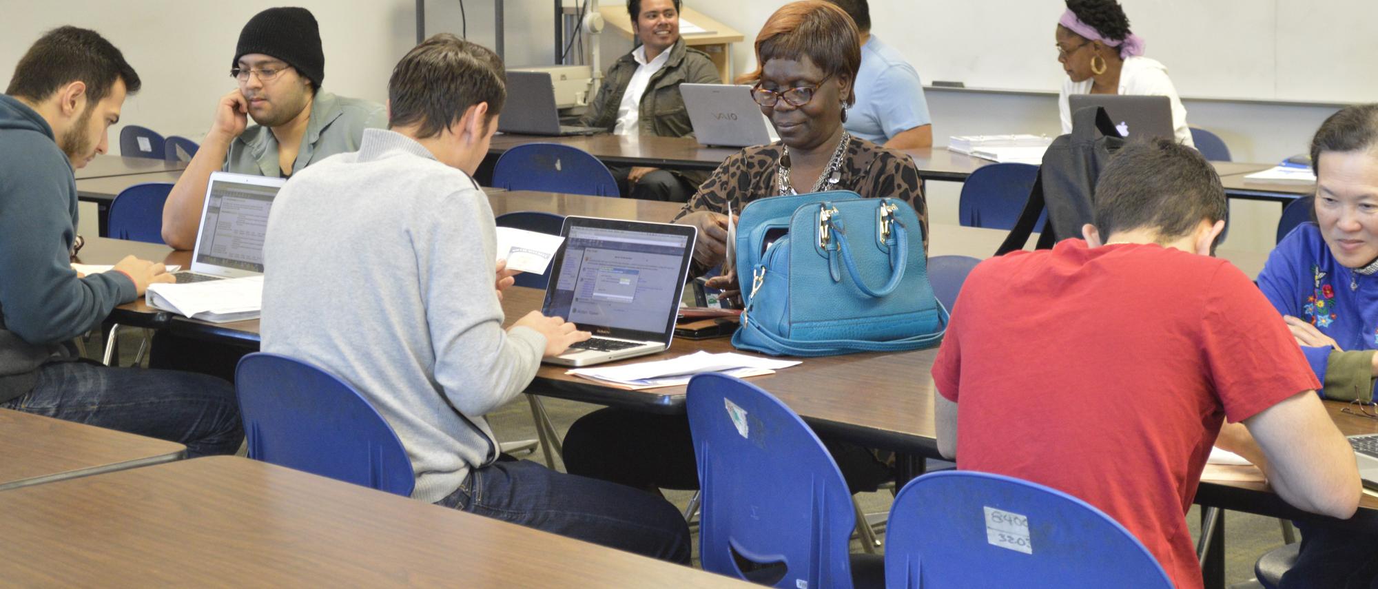 VITA program offers free tax preparation