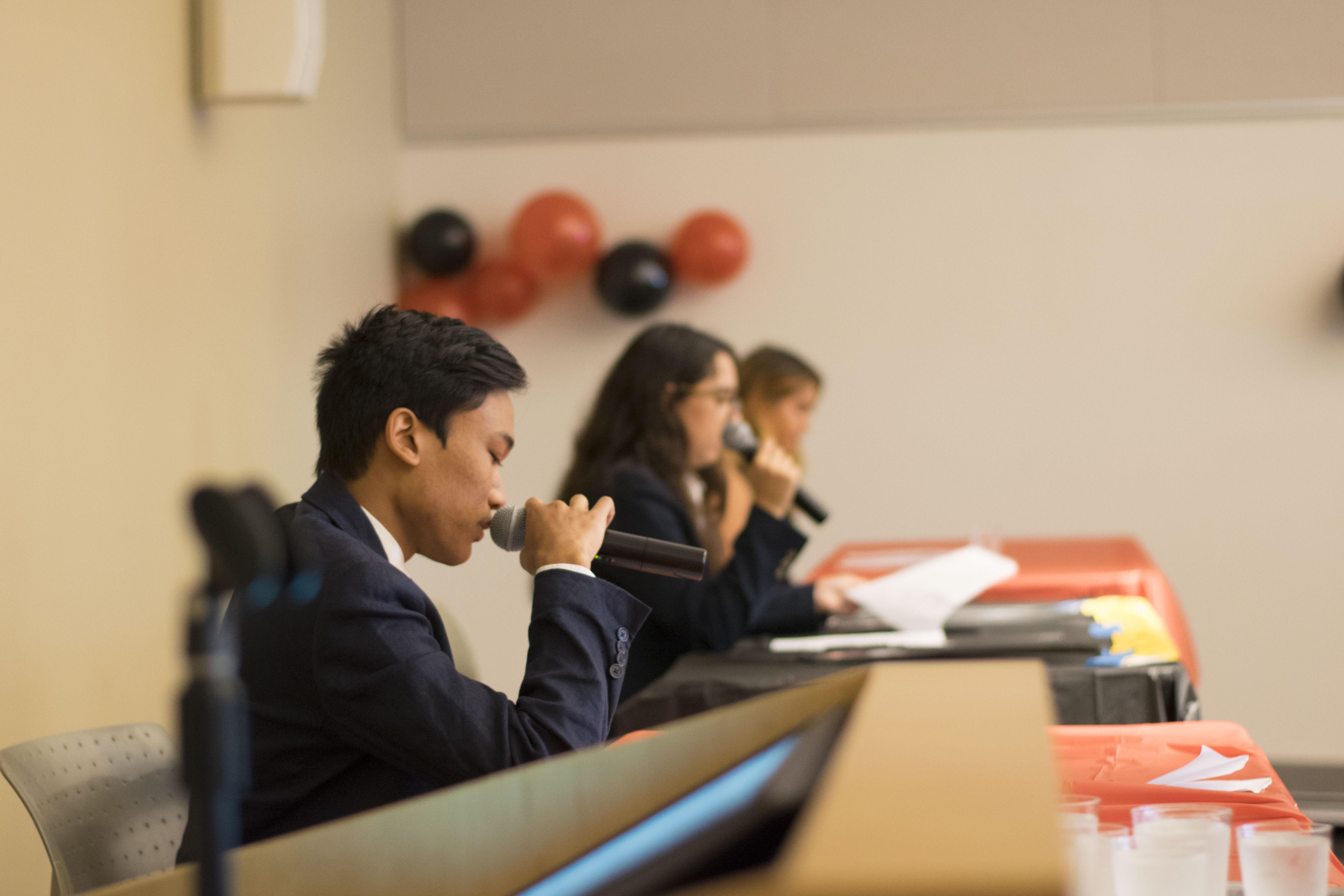 Students debate California's future