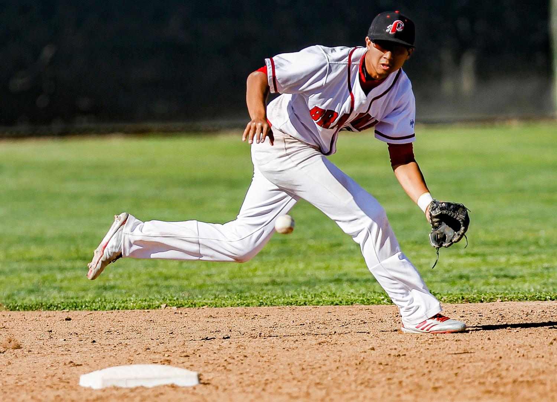 BRIEF: Baseball wins 7-6 in 10