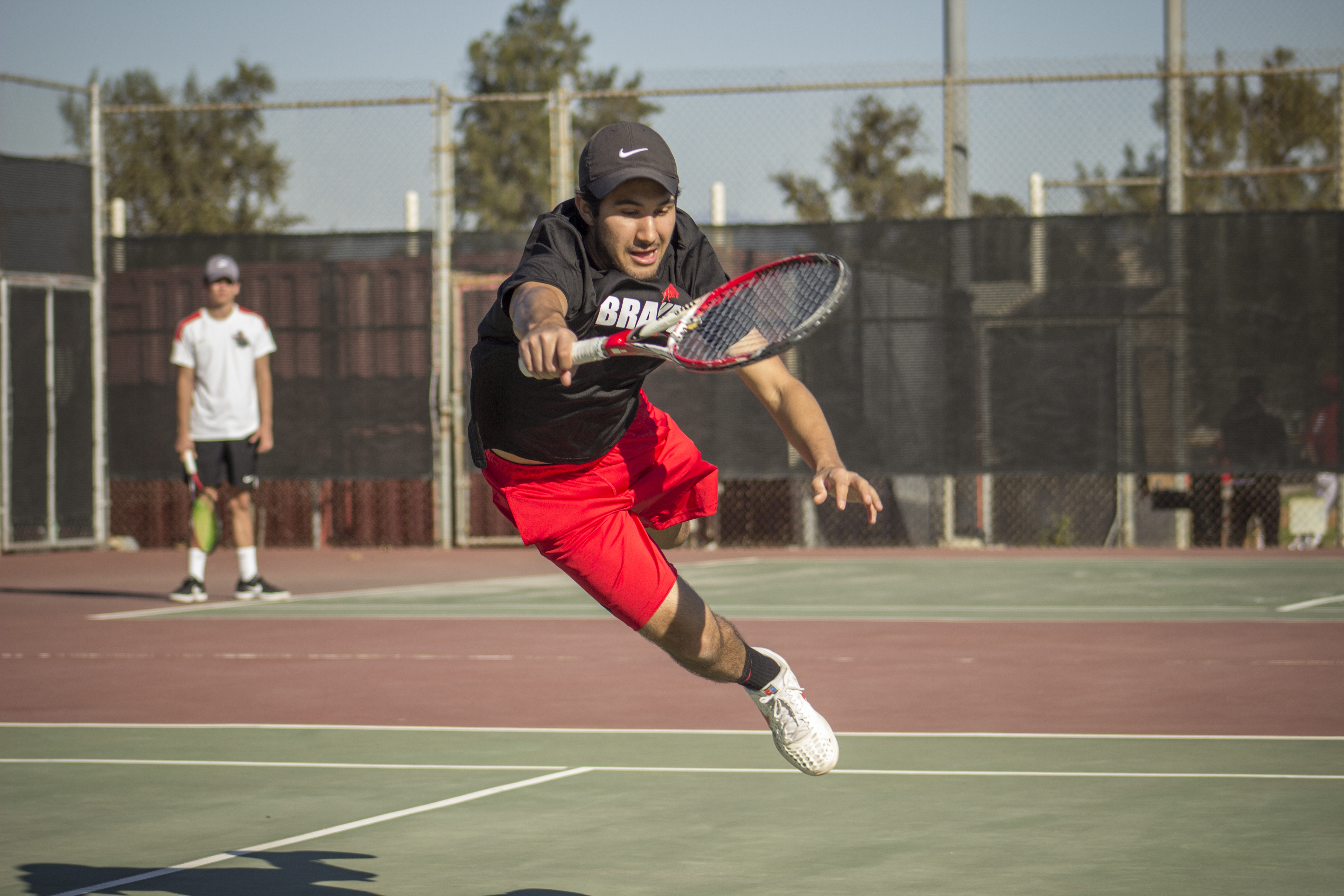 Tennis drops second straight game