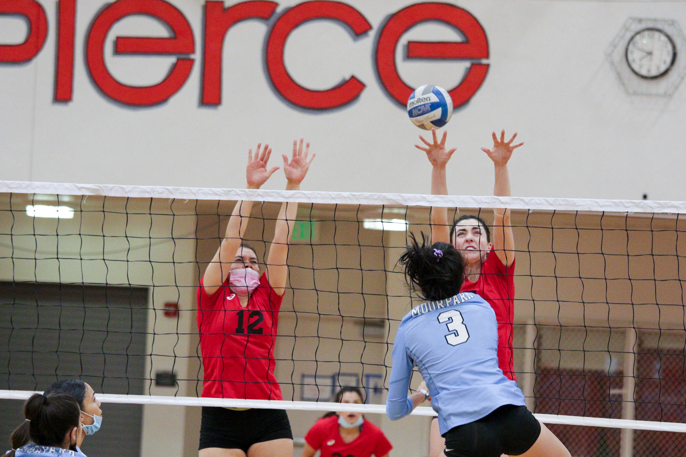 Volleyball's rough start continues